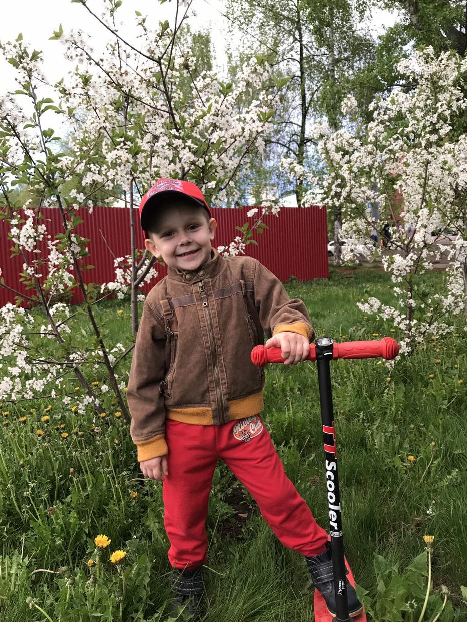 Маленький Сашик и большая весна...